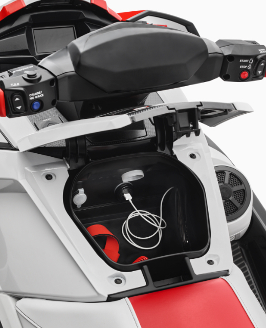 yamaha-waverunners-2021-vx-c-feature-glovebox.jpg