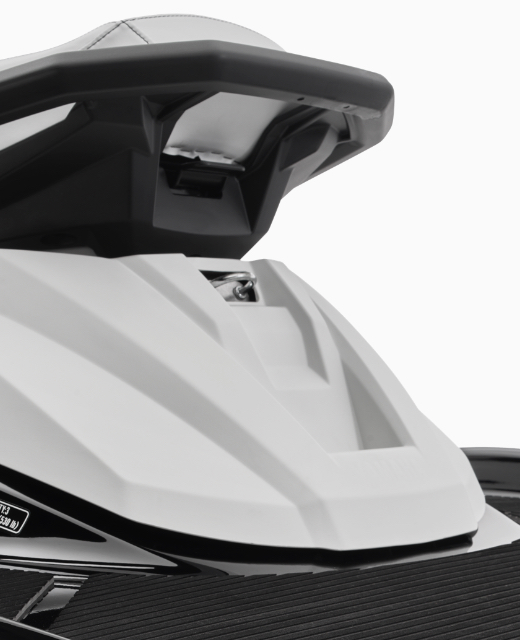 yamaha-waverunners-2021-vx-c-feature-tow-hook-white.jpg