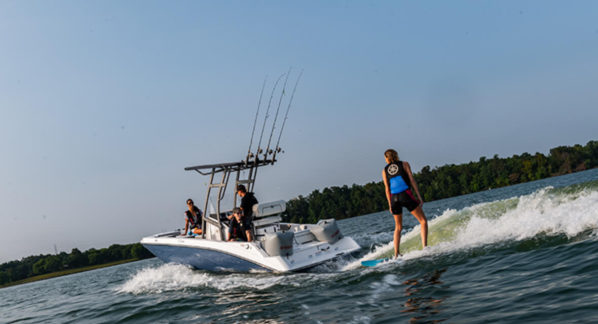Yamaha-WaveRunners-Innovative-Accessory-Solutions-for-Boats-and-WaveRunners-that-Add-to-Unmatched-Versatility-Fun.jpg
